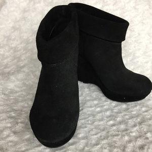 Giani Bini Black Ankle Booties